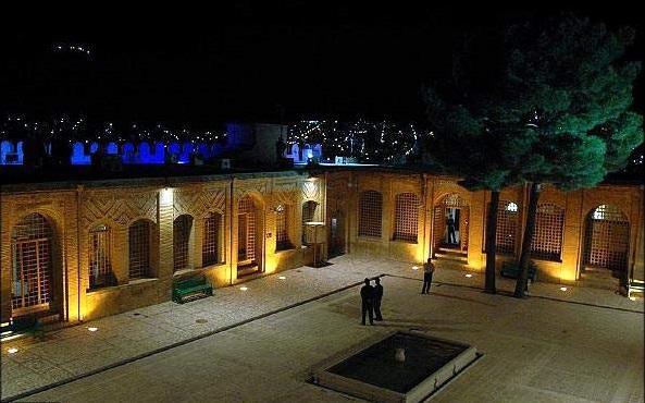 قلعه فلک الافلاک حیاط