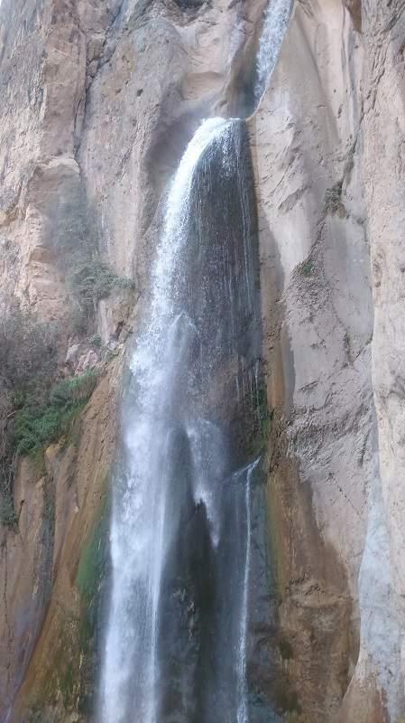 آبشار شاهاندشت روستای شاهاندشت