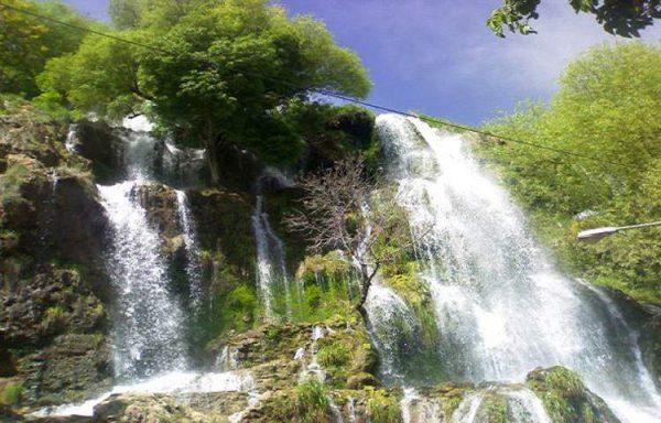 آبشار نیاسر چشمه تالار